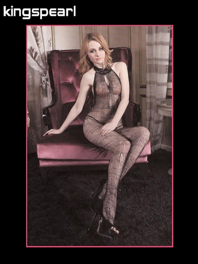 Kingspearl Sort spindelvævs bodystocking med blonde halterneck